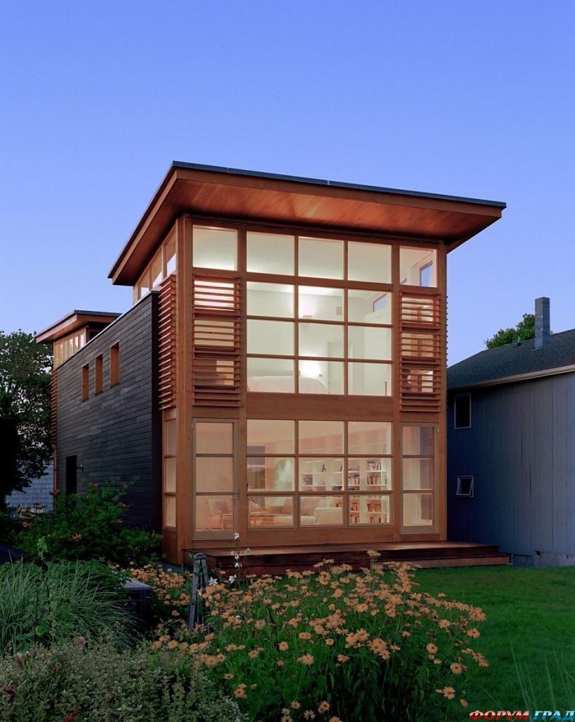 Проект длинного узкого дома из стекла и дерева в Коннектикуте