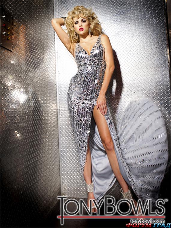 Вечерние платья из блестящей ткани