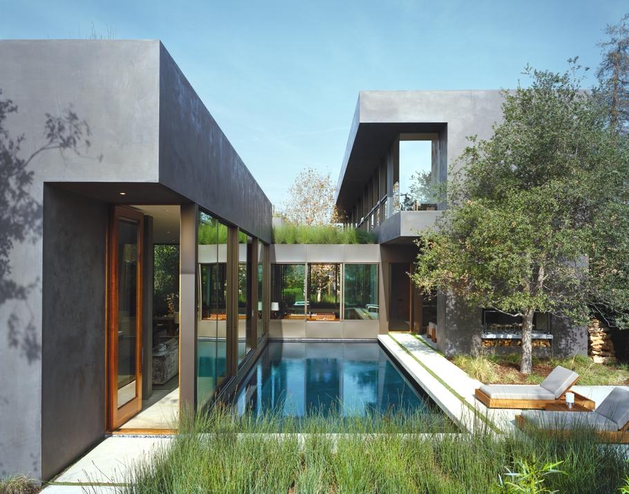 Дома со стеклянным фасадом: светлый Vienna Way в Калифорнии