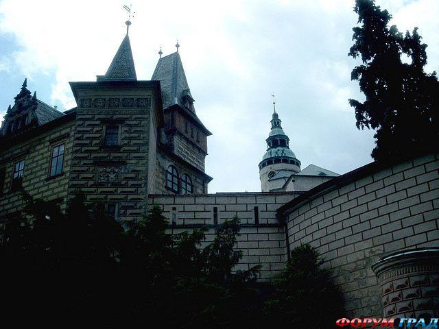 http://gallery.forum-grad.ru/files/1/0/6/8/0/zamok-chekhii-frydlant-07.jpg
