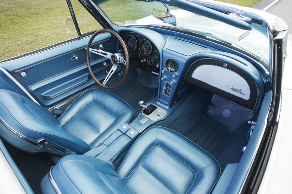 1965-chevrolet-corvette-roadster
