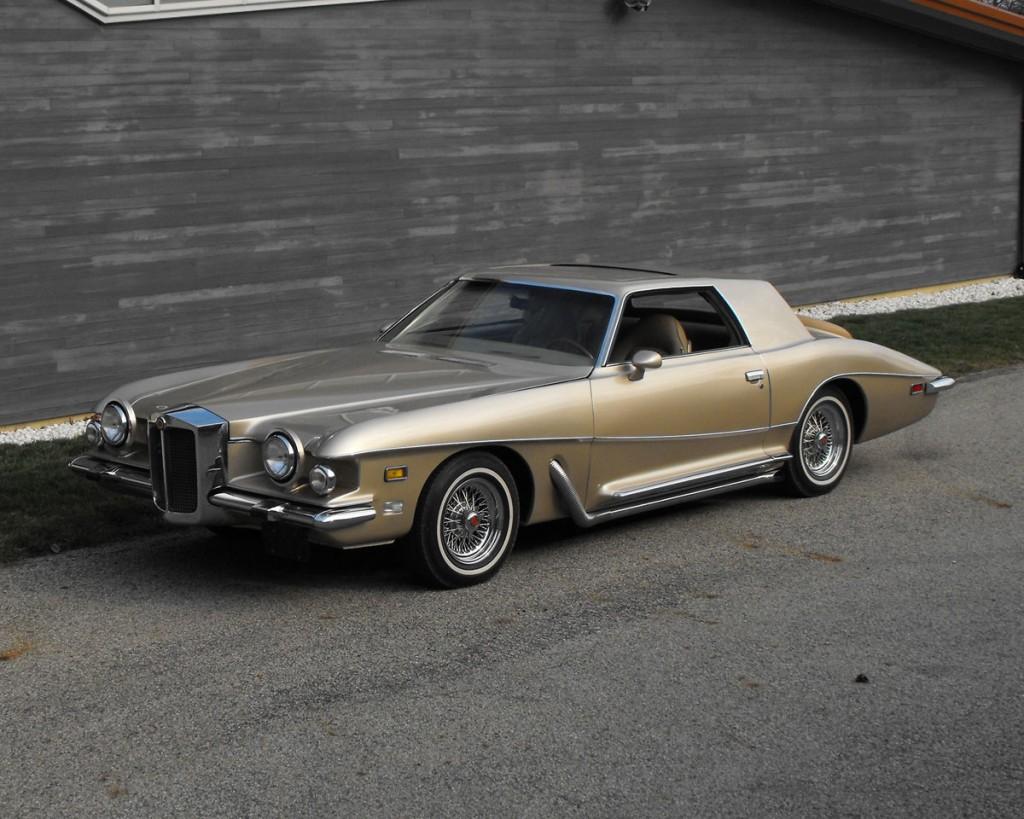 1973-stutz-blackhawk-coupe-1