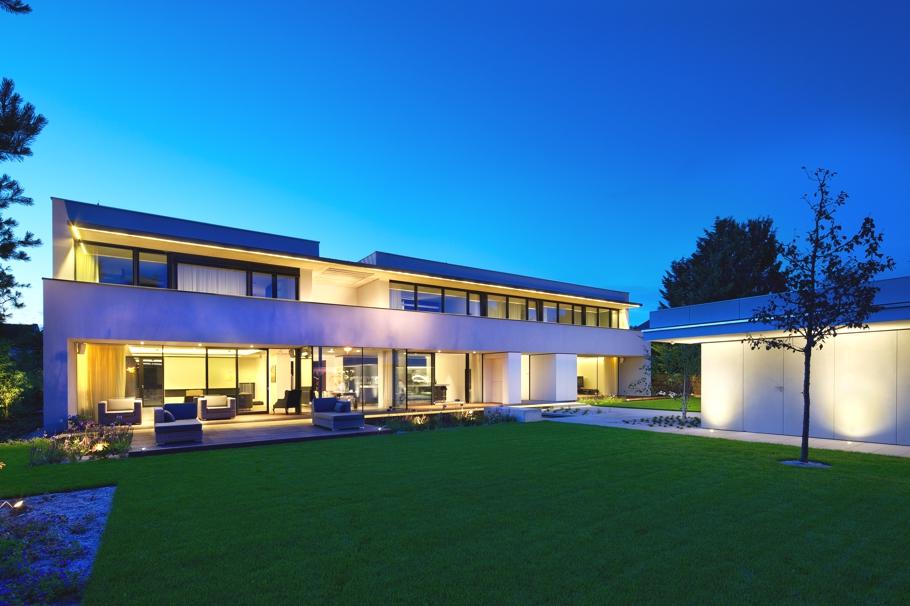 Великолепный проект элитного загородного дома
