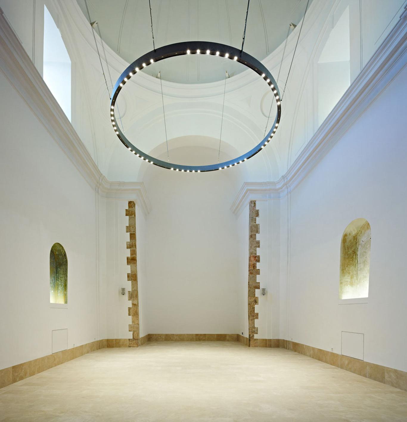 Оригинальный сводчатый потолок