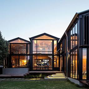 Какой стиль выбрать в архитектуре? Мода или практичность?