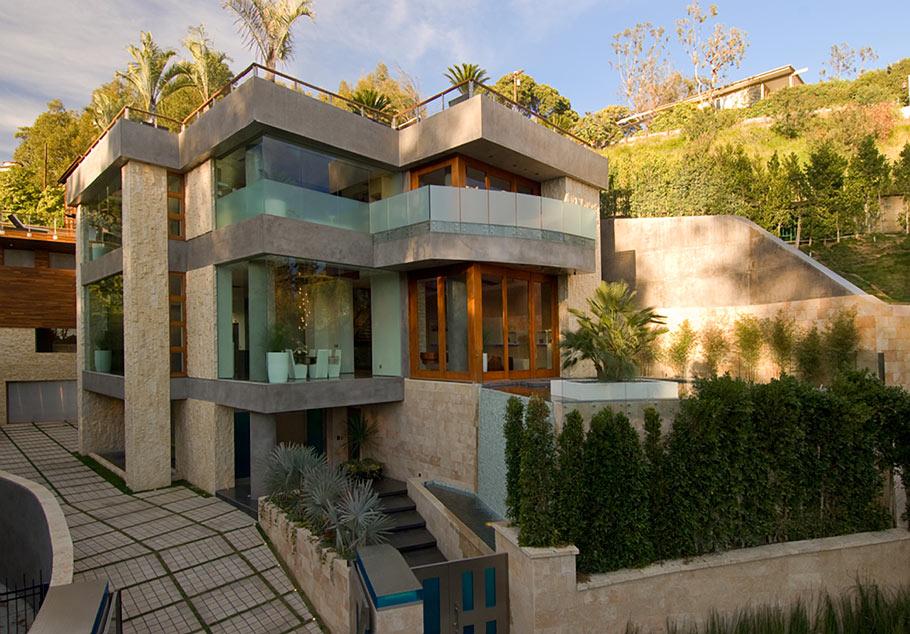Красивые дома в Беверли-Хиллз: необычная архитектура роскошной виллы