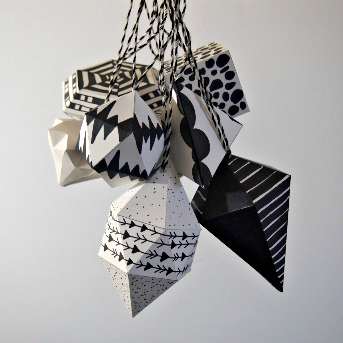 black and white ornament-08