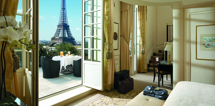 Панорама со спальни отеля Shangri-La
