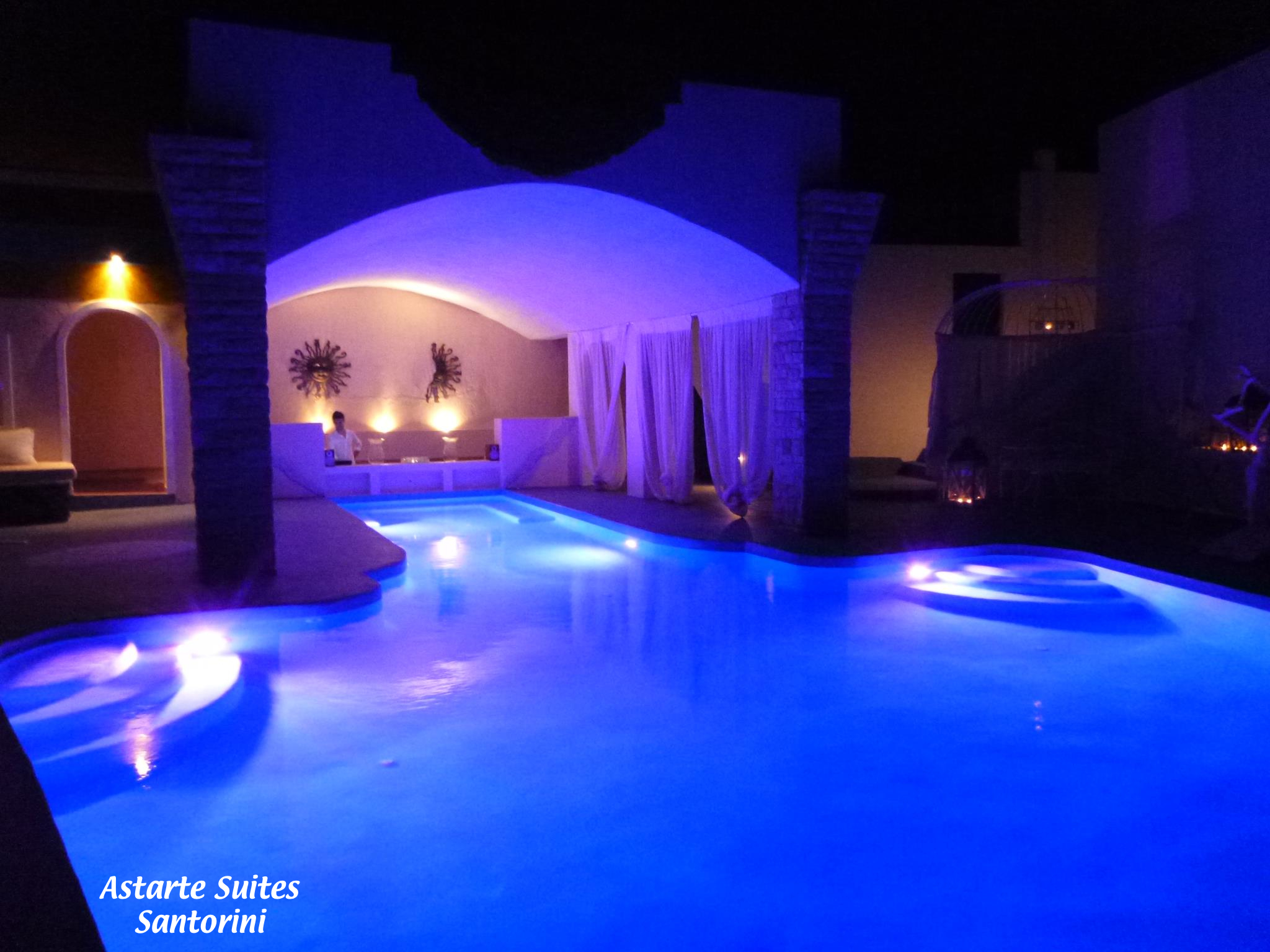Бассейн отеля Astarte Suites