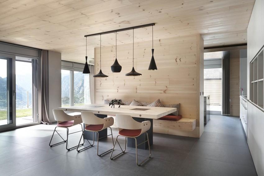 Минималистский проект семейного дома в эко стиле