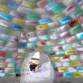 the house from ice bricks-05