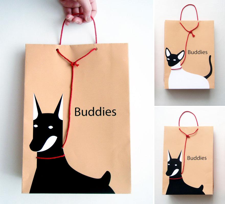Пакет с изображением животного на поводке