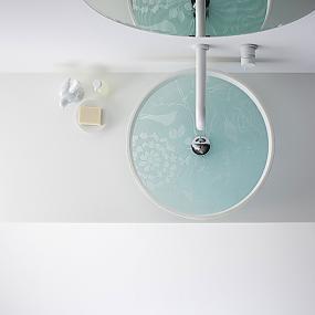 unusual collection of bathroom accessories-14