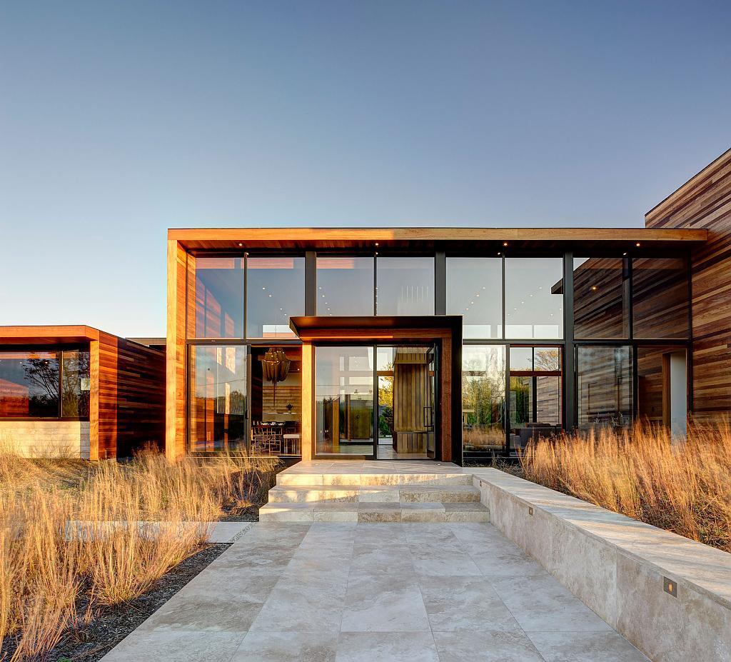 Авторские деревянные дома: красивый проект от Bates Masi