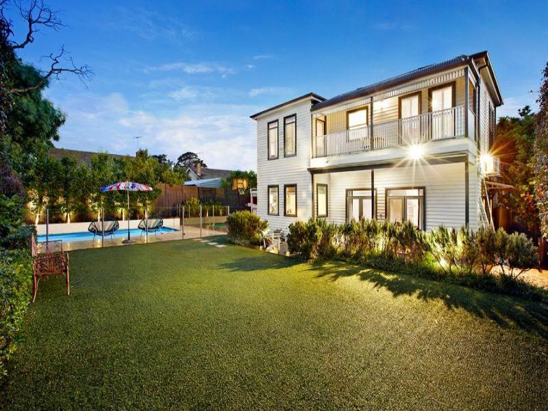 Проект дома в викторианском стиле с яркими современными деталями