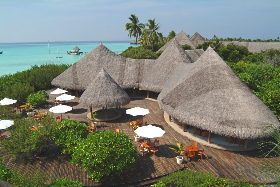 coco-palm-dhuni-kolhu-maldives