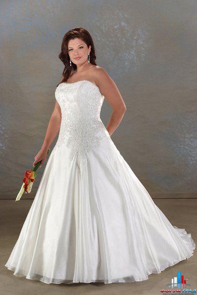 Модные свадебные платья для полных невест.