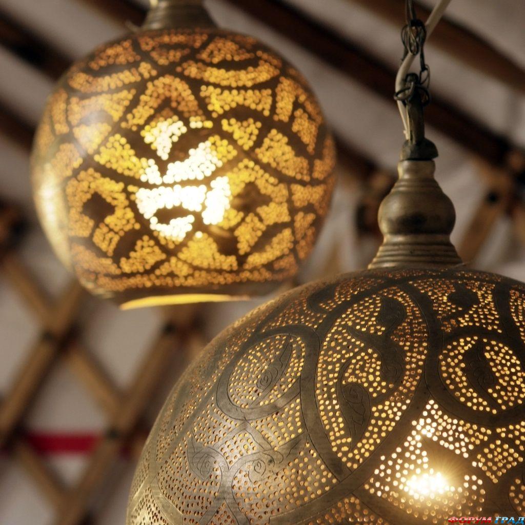 Лампы в Голландской юрте