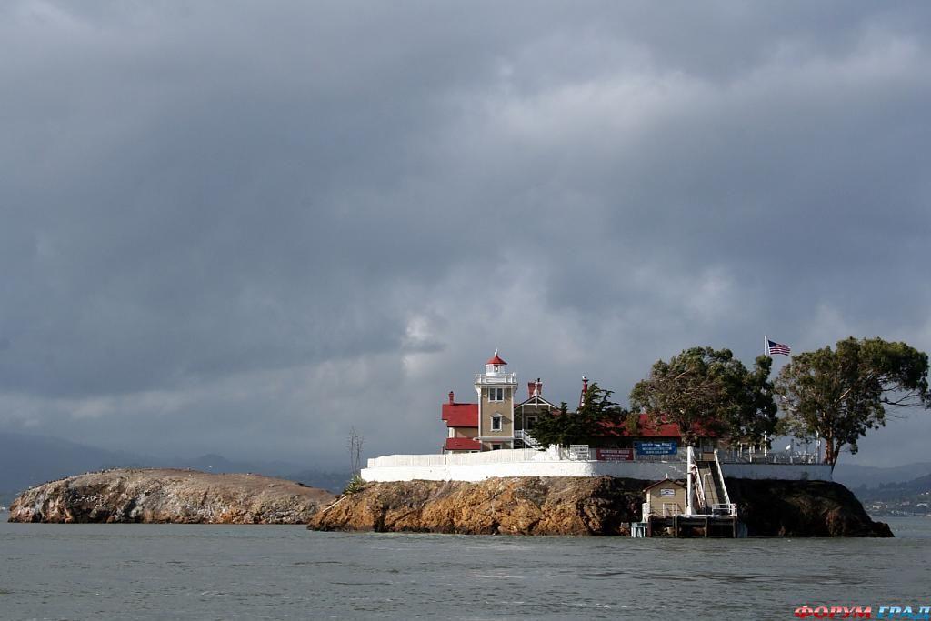 Остров Восточного Брата