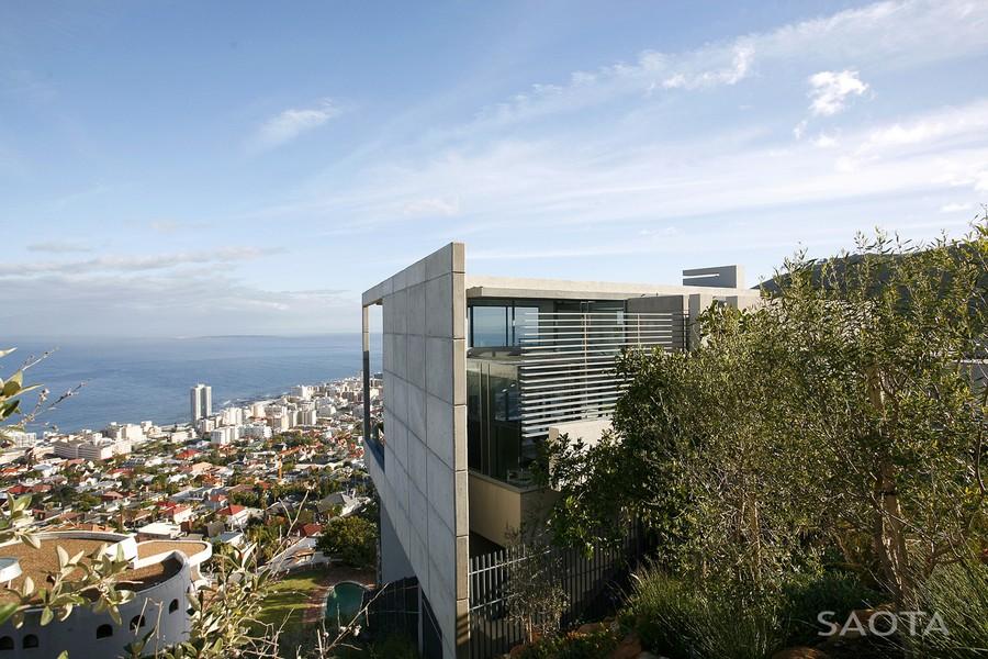 Проект дома в современном стиле: красивый особняк с видом на Кейптаун
