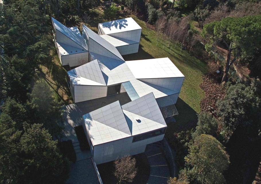 Архитектура и дизайн: удивительный алгоритмический дом AA House в Барселоне