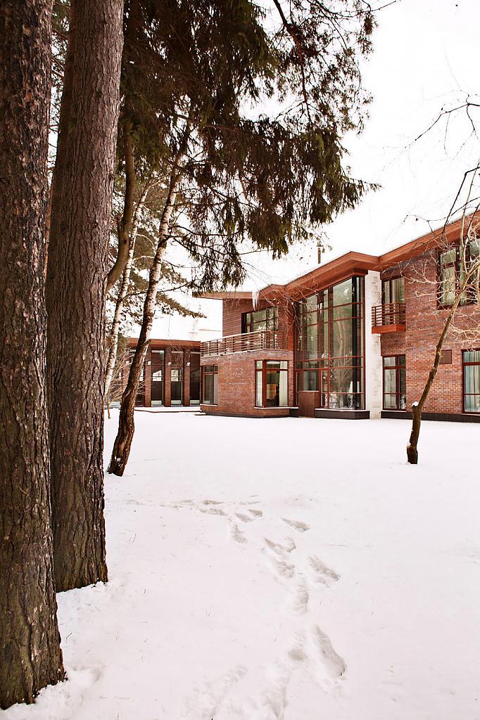 Задний фасад дома Ruben Dishdishyan