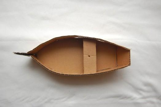 как сделать лодку из картона для детей