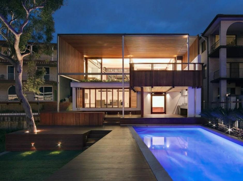 Интерьер особняка в Австралии: натуральная отделка, рояль в гостиной и бассейн с подсветкой