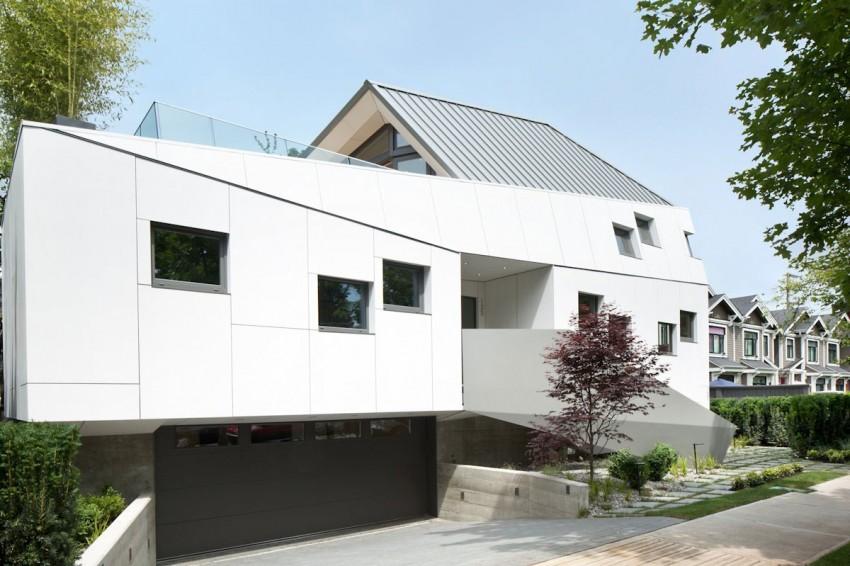 Оригинальный проект частного дома с элементами футуризма