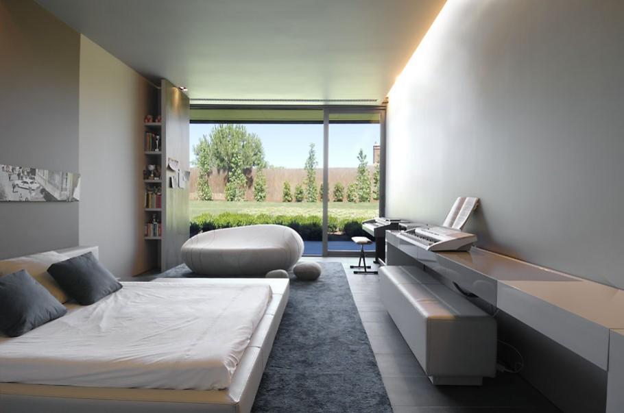 luxury poperty in madrid by a cero architects 18 В испанской столице Мадриде разместилась очаровательная резиденция Concrete House ll на окраине города от студии A cero Architects