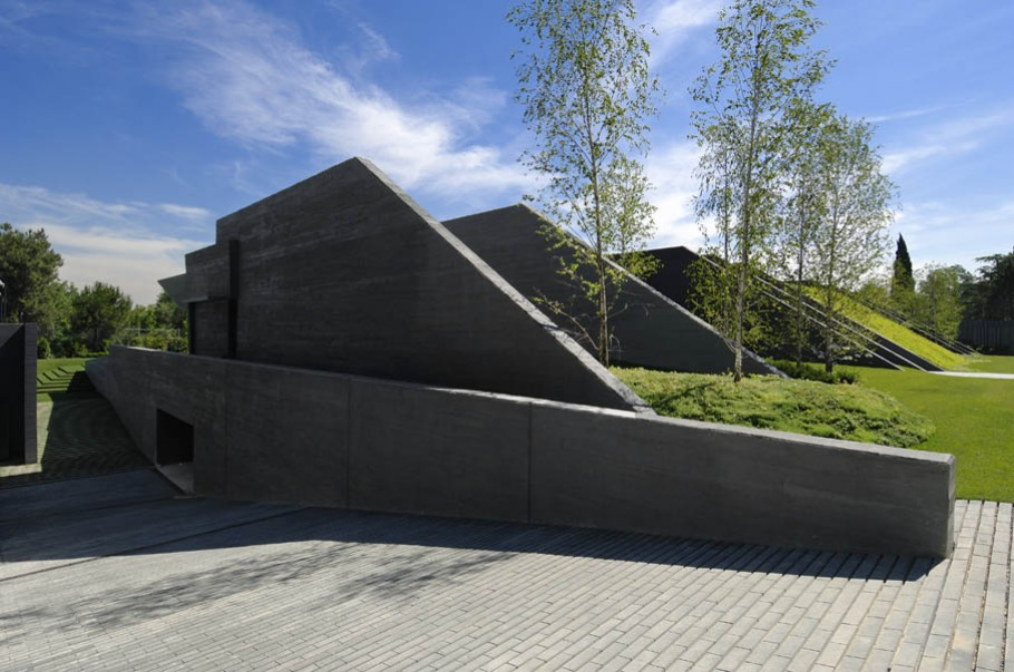 luxury poperty in madrid by a cero architects 21 В испанской столице Мадриде разместилась очаровательная резиденция Concrete House ll на окраине города от студии A cero Architects