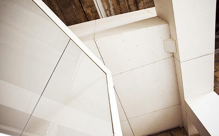 nefa research office moscow 13 Необычный дизайн офиса Nefa Research с барной мебелью