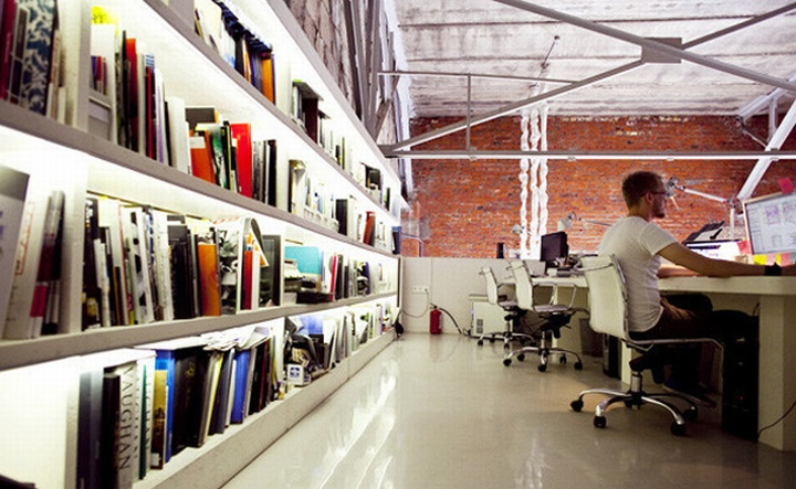 nefa research office moscow 14 Необычный дизайн офиса Nefa Research с барной мебелью
