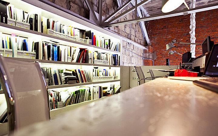 nefa research office moscow 15 Необычный дизайн офиса Nefa Research с барной мебелью