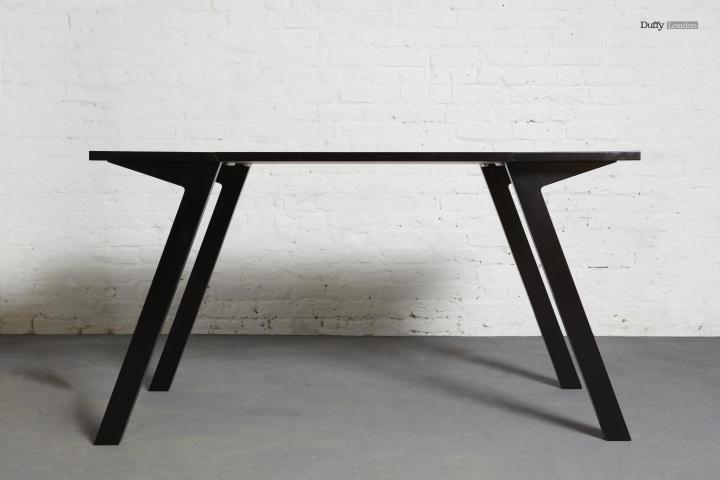 Столовый стол трансформер от Кристофера Даффи