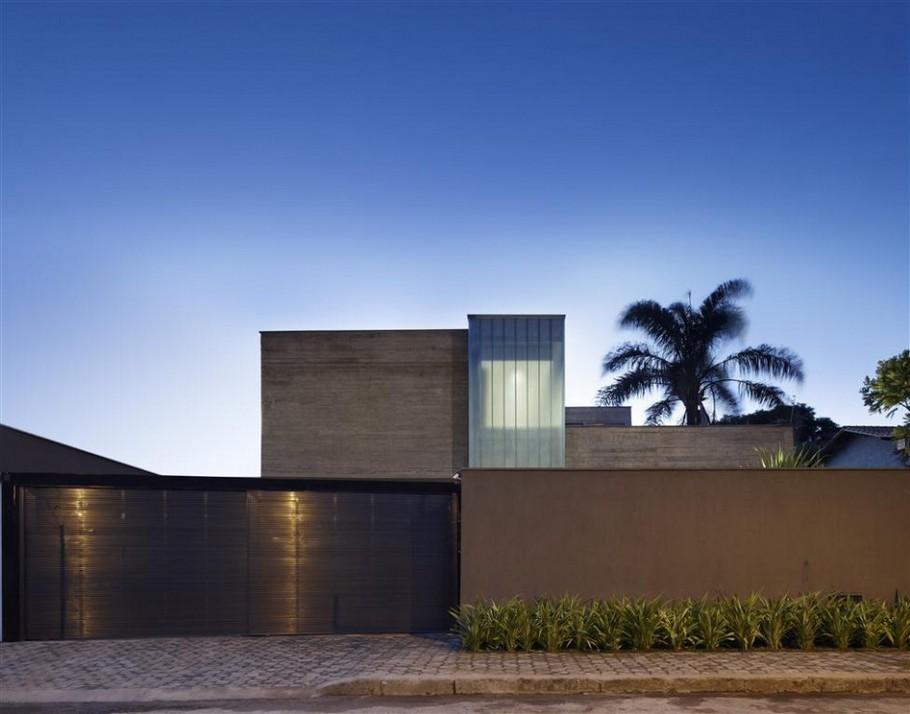Дома Бразилии: особняк с садом от Anastasia Architects