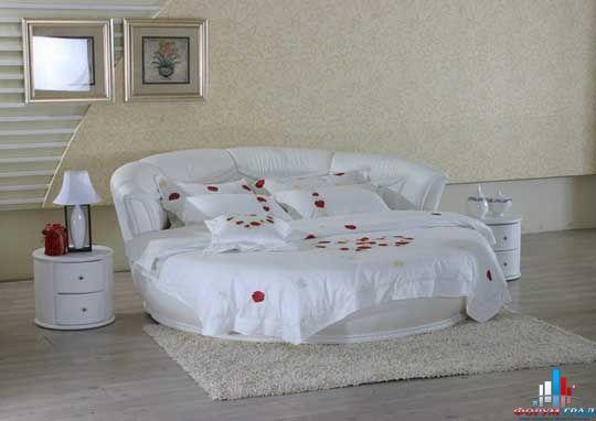 Очень понравилась идея оформления такой кровати.  Никогда не додумалась...