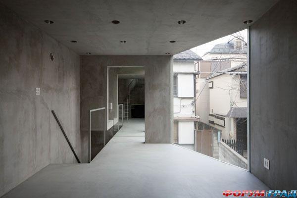 Тонкий дом в Токио.