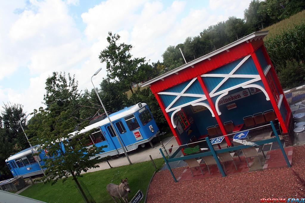 Отель Controversy Tram