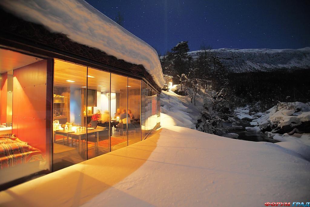Отель Juvet Landscape зимней ночью