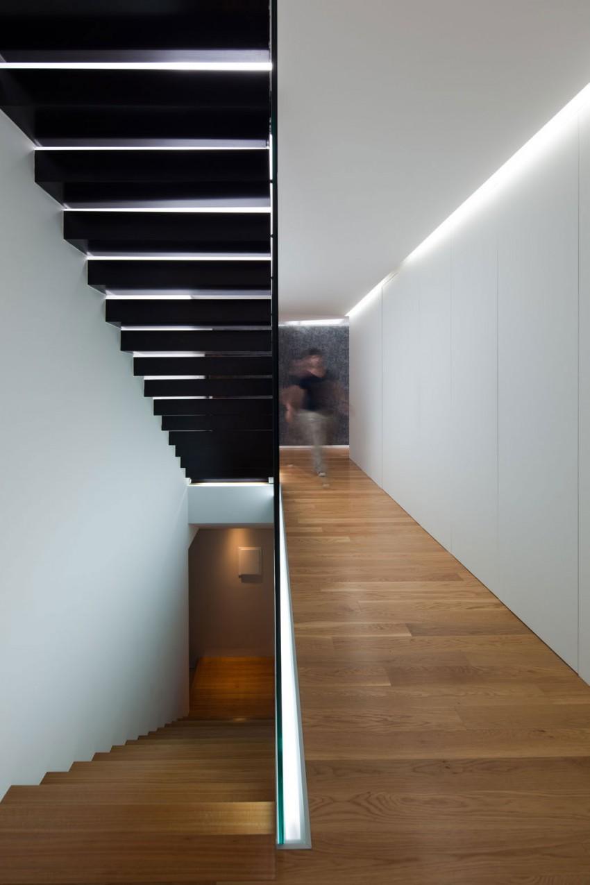 Интерьер дома в стиле минимализм: простая геометрия и оазис в доме