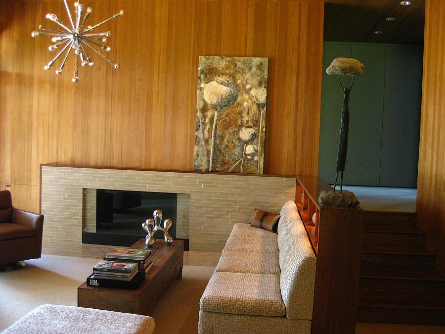 Картина Theresa Stirling в интерьере гостиной
