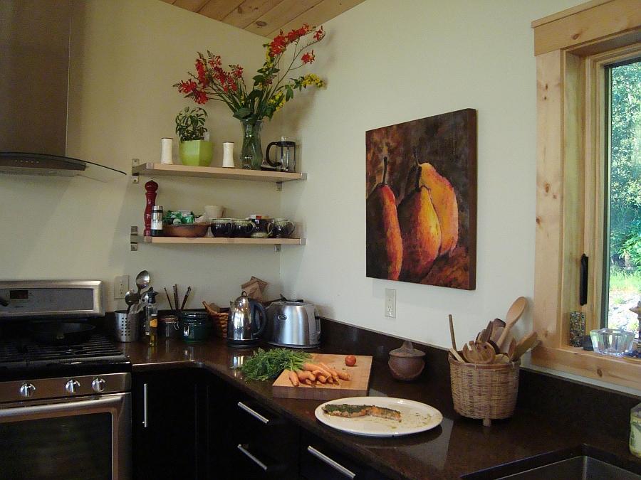 Произведения Theresa Stirling в интерьере кухни