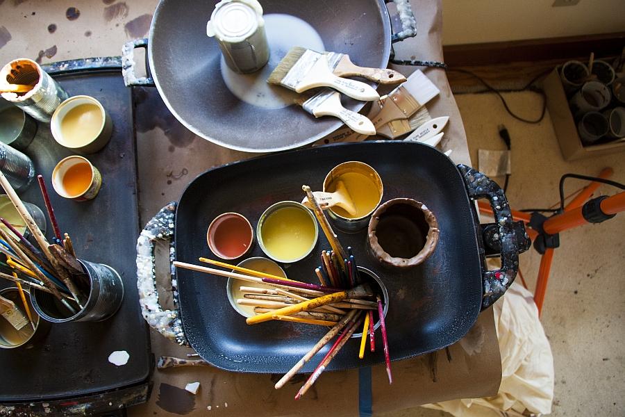 Кисти и краски для работы Theresa Stirling