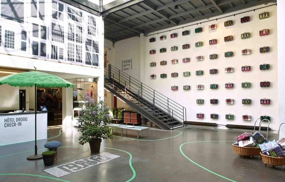 Отель Droog в Амстердаме