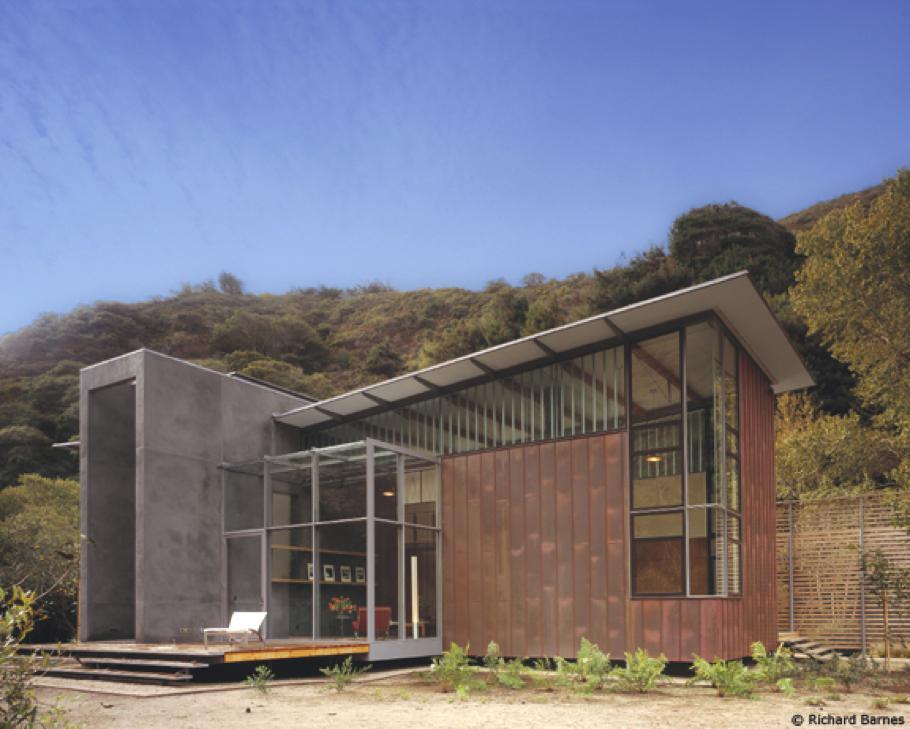 Маленький загородный домик JFR в Калифорнии