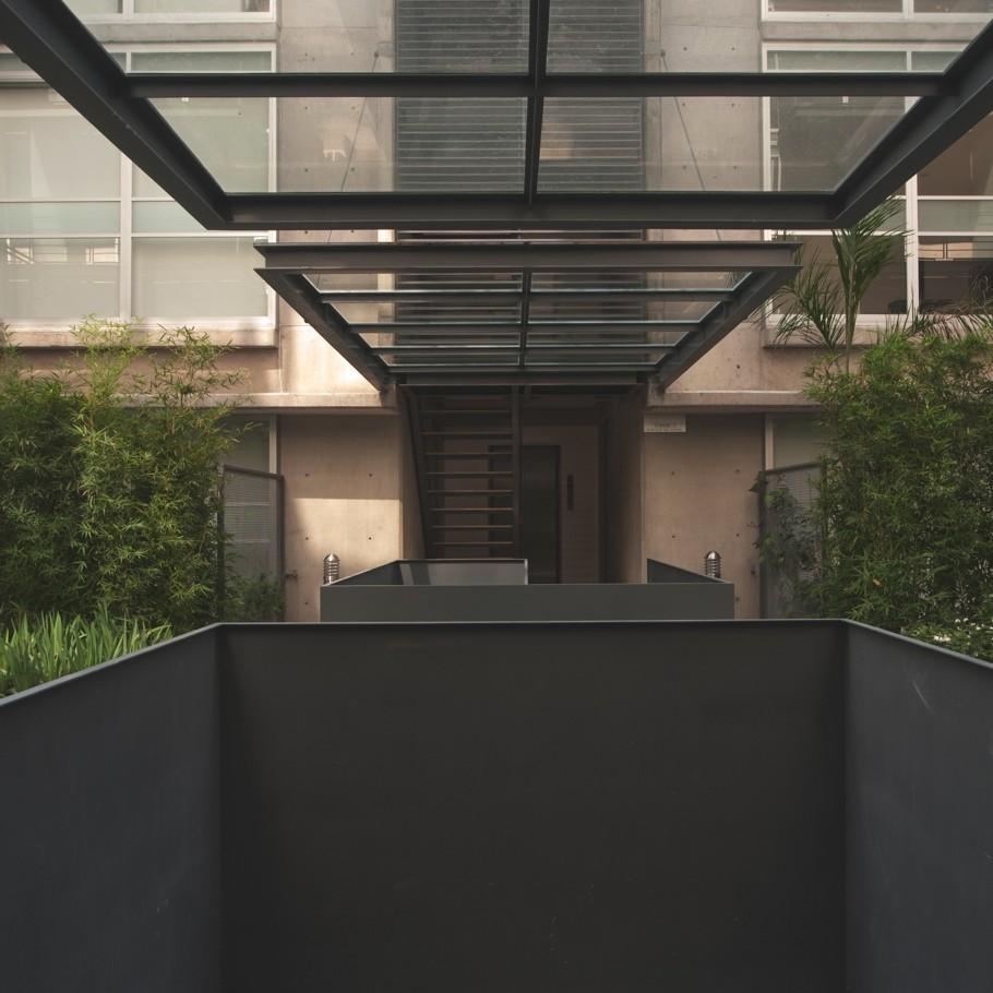 Красивые фасады многоэтажных домов: простой и стильный дом на 42 квартиры в Мексике