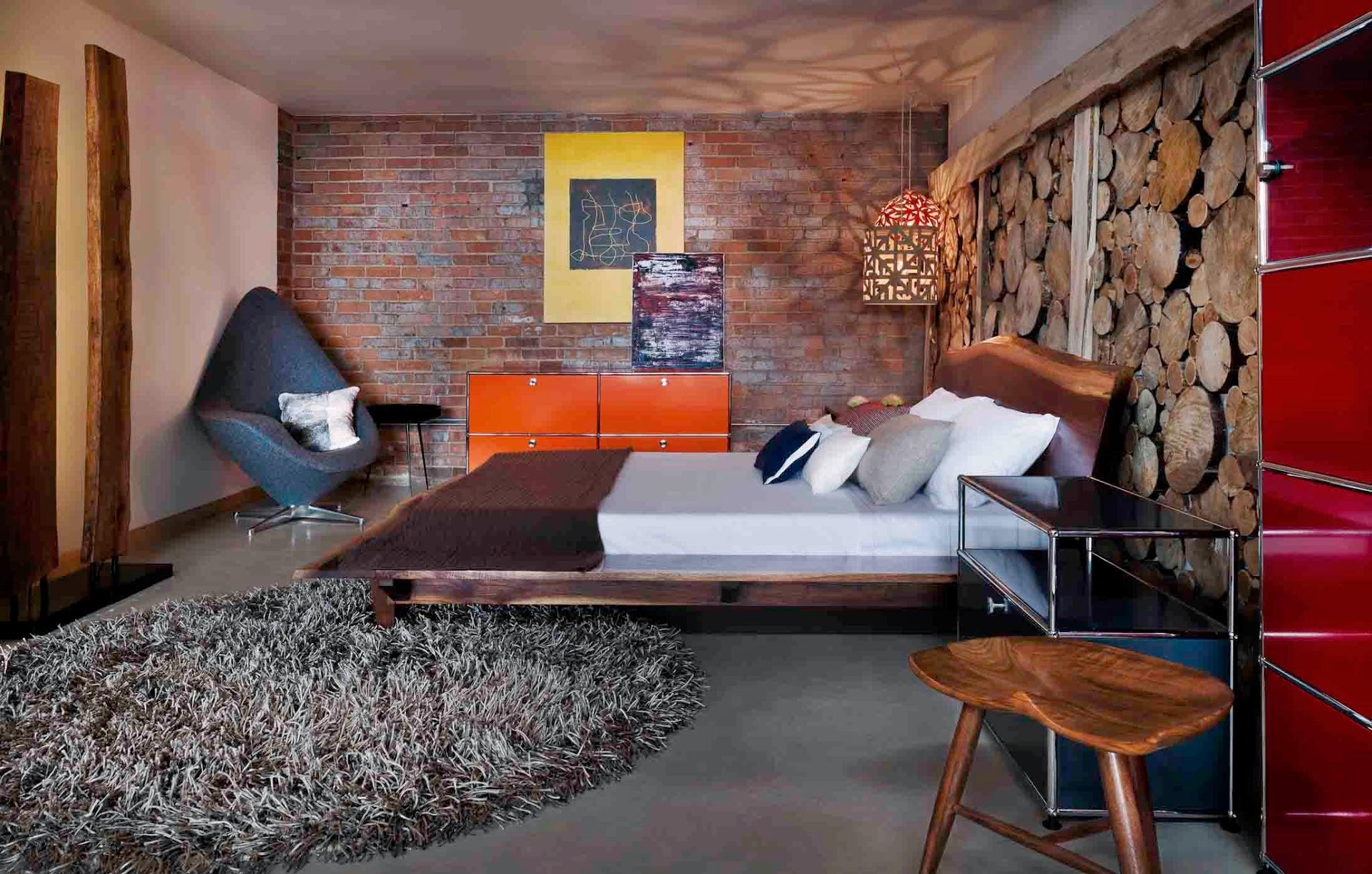 Сочетание различных текстур и цветов в одном помещении