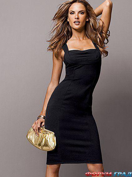Девушки в черном платье красивое фото