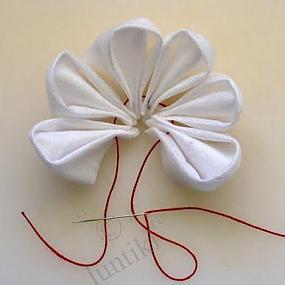 от.  Рукоделие Град.  Uliana Tseytlina. в. цветы из салфеток.